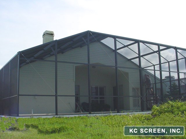 Choosing a Screen Enclosure Contractor
